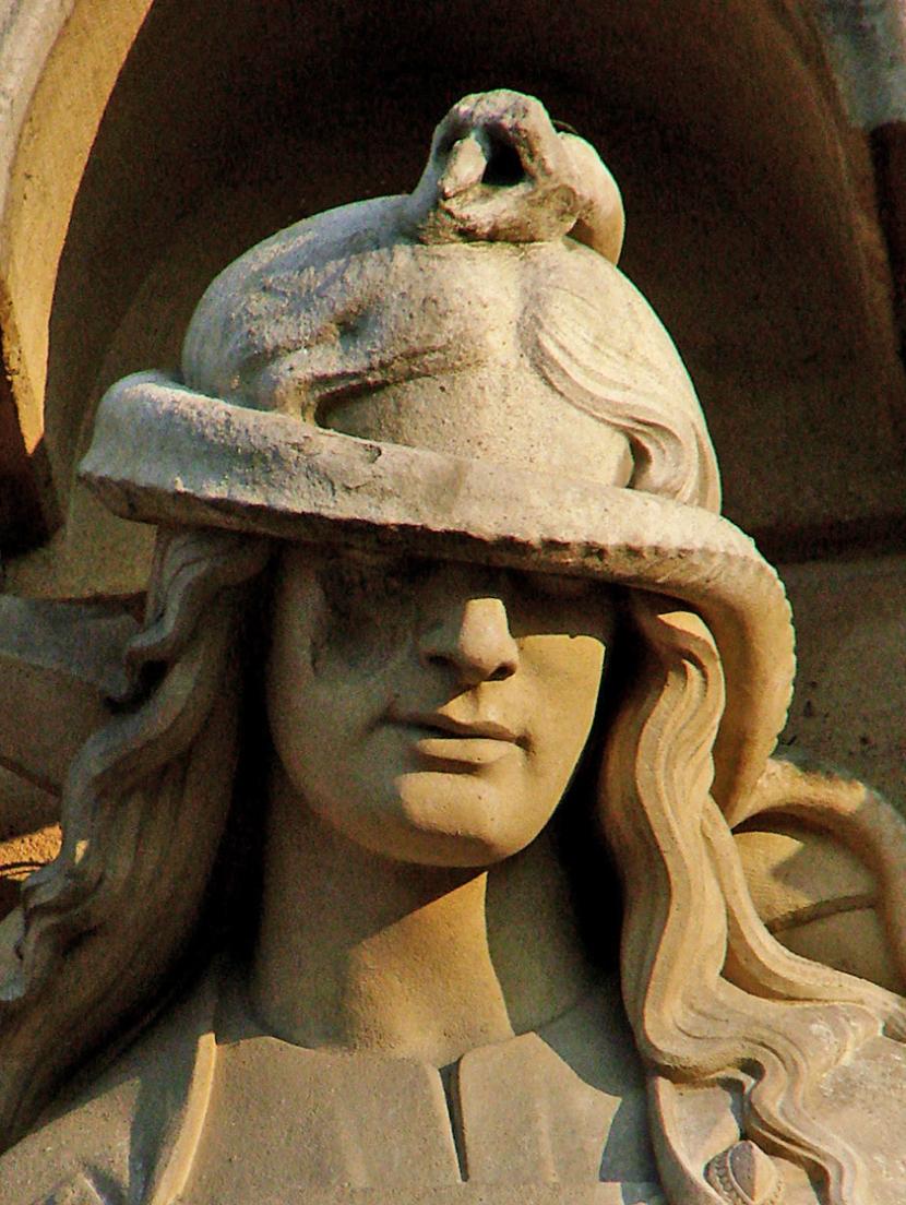 Notre-Dame de Paris - Allegoria della Sinagoga
